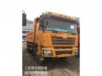 2013年上户、陕汽德龙后八轮工程车、潍柴发动机、340马力、12档变速箱。5.8米货箱。北奔桥